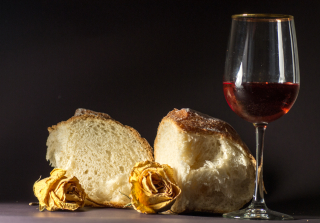 Bread-wine-and-roses